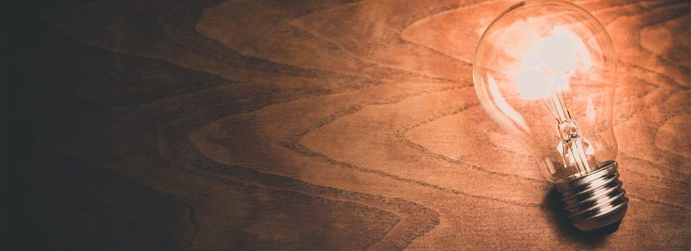 cropped-singlebulbonwood.jpg